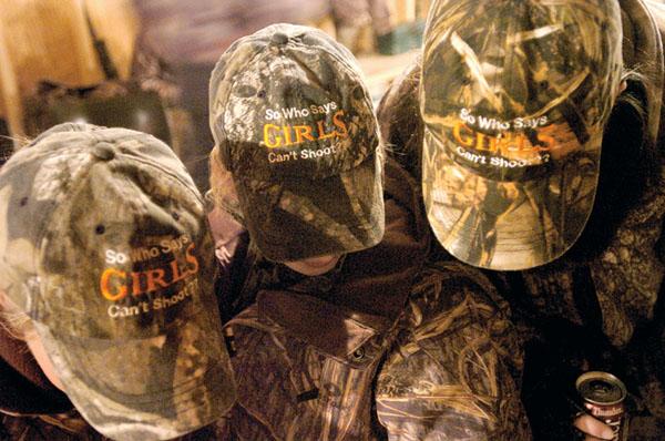 e-mckenziegirls-hats.jpg